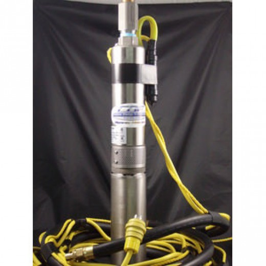 Submersible Pump With Umbilcal
